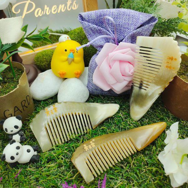Parents Natural Horn Comb Body Scraper