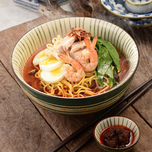 Loon Kitchen Chilli sambal sauce with Curry Mee